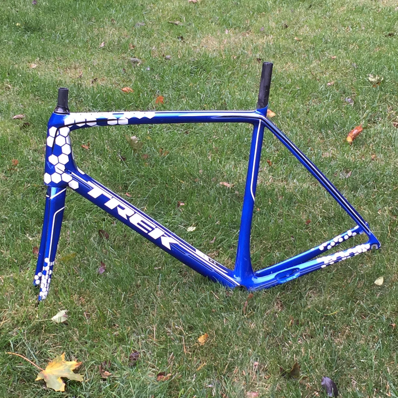 We Repair Carbon Bike Frames Fix Cracks & Paint Damage